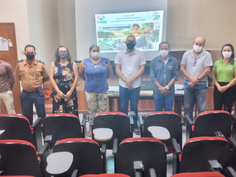 Tarauacá debate políticas públicas na área de educação ambiental