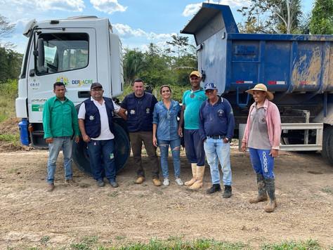 Prefeitura e Governo do Estado constroem pontes e aterros em Ramais de Tarauacá