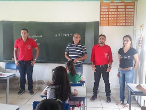 SECRETÁRIO DE EDUCAÇÃO ORLANDO BEZERRA ACOMPANHA INÍCIO DO ANO LETIVO NA REDE MUNICIPAL EM TARAUACÁ