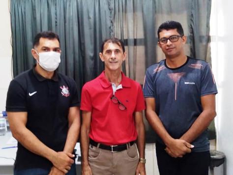 Prefeito em exercício Raimundo Maranguape visita Secretaria de Saúde de Tarauacá