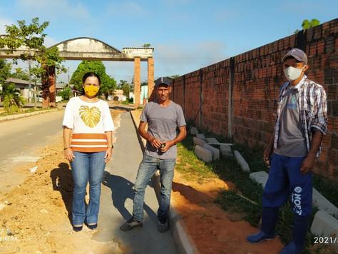 Prefeita Maria Lucinéia visita obras em andamento no município
