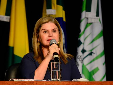 Prefeita Marilete anuncia pagamento da bolsa do Parfor, para os estudantes no valor de R$ 500 reais