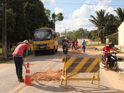 Prefeitura realiza operação tapa-buraco na Rua Capitão Hipólito