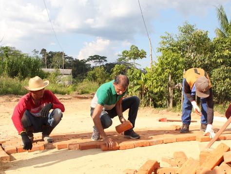 Vice-prefeito Raimundo Maranguape acompanha Obras na Vila São Vicente