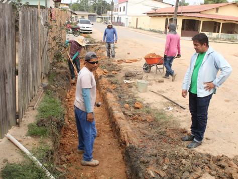 Prefeitura intensifica trabalhos de drenagem em Tarauacá