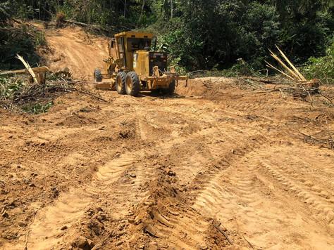 SECRETÁRIO DE AGRICULTURA ACOMPANHA OBRAS DE RECUPERAÇÃO DE ESTRADAS VICINAIS EM TARAUACÁ