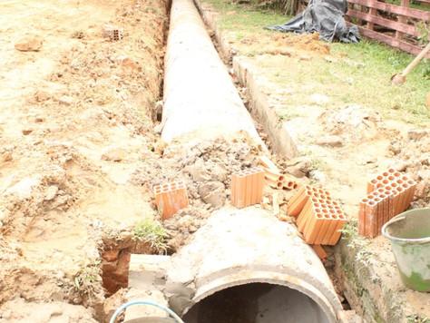 Obra de esgotamento sanitário na Vila Seabra em Tarauacá