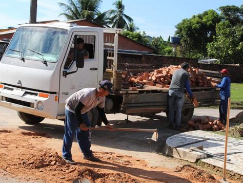 Prefeitura realiza operação tapa buracos em Tarauacá