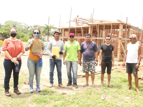Prefeita Maria Lucinéia visita obras de construção de Unidade de Saúde na aldeia Caucho
