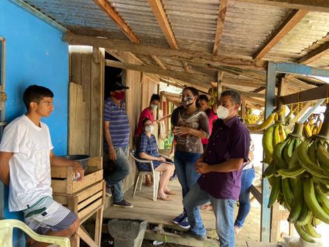 Maria Lucinéia elabora projeto de construção de quiosque para feirantes de Tarauacá