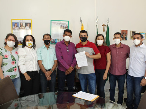 Prefeitura de Tarauacá empossa novo Dentista