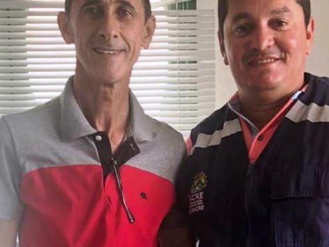Prefeito em exercício Raimundo Maranguape recebe visita do gerente do aeroporto de Tarauacá