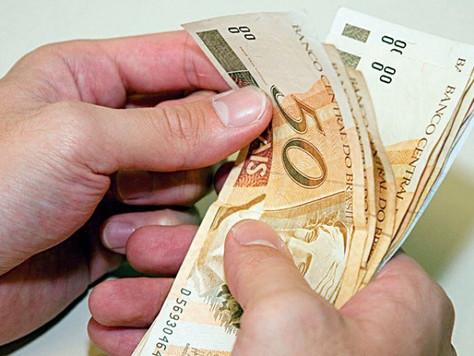 Prestadores de serviço da Prefeitura de Tarauacá recebem pagamento nesta terça-feira, 28.