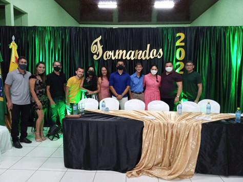 Prefeito em exercício Maranguape participa da formatura dos alunos do 3º ano do Ensino Médio