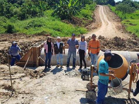 Prefeitura investe em construção de bueiros e instalação de manilhas em ramais