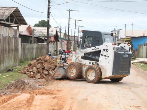 """Prefeitura realiza Operação """"Tapa-Buracos"""" nas vias públicas de Tarauacá"""