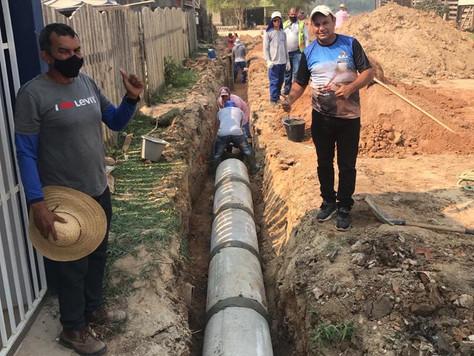 Prefeitura intensifica implantação de redes de drenagem em Tarauacá