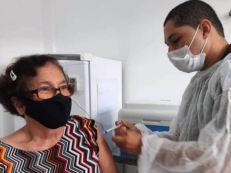 Tarauacá: Quase 300 idosos acima dos 70 anos, são vacinados somente nesta terça feira