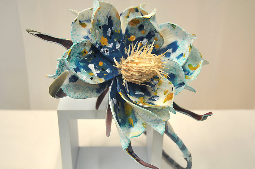 Oceania Flower crown