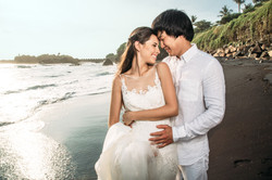 Wedding photo session on the beach