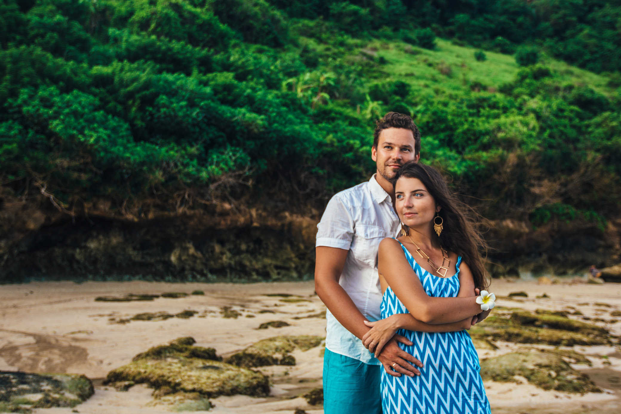 engagement beach photoshoot