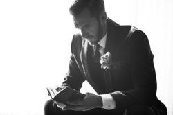 The groom portrait photography