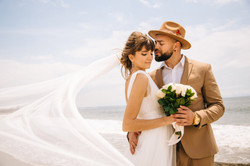 Wedding portrait of the bride and groom   elopement photography     Los Angeles beach wedding