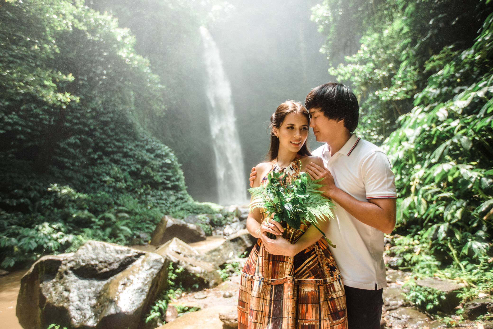 Romantic Photoshoot at the Waterfall