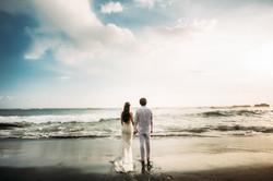 Wedding photoshoot at the ocean