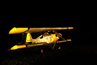 plane-bright-small.jpg
