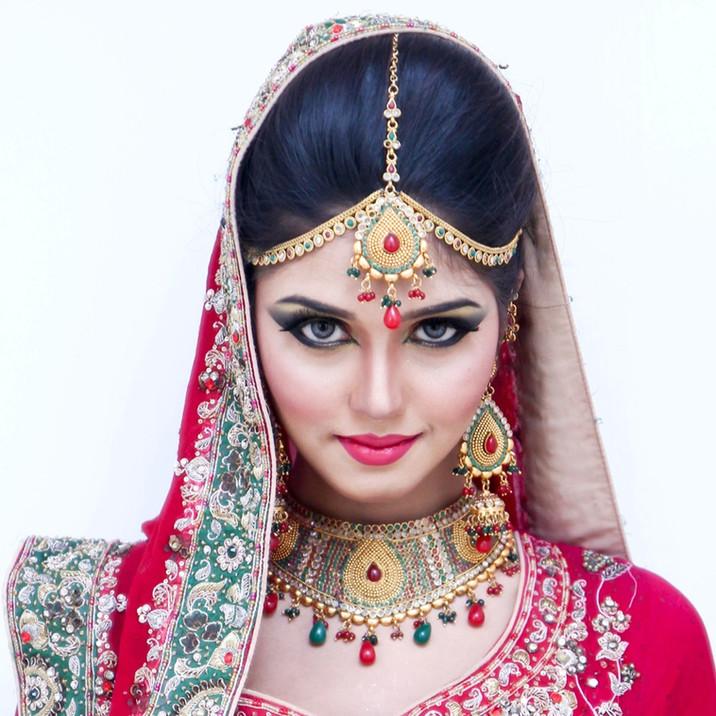 indian pakistani bridal makeup