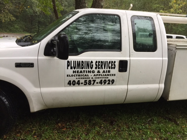 Rob's Plumbing truck