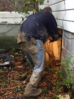 Rob going under house