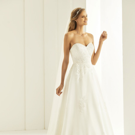 TATIANA-(1) Bianco-Evento-bridal-dress.j