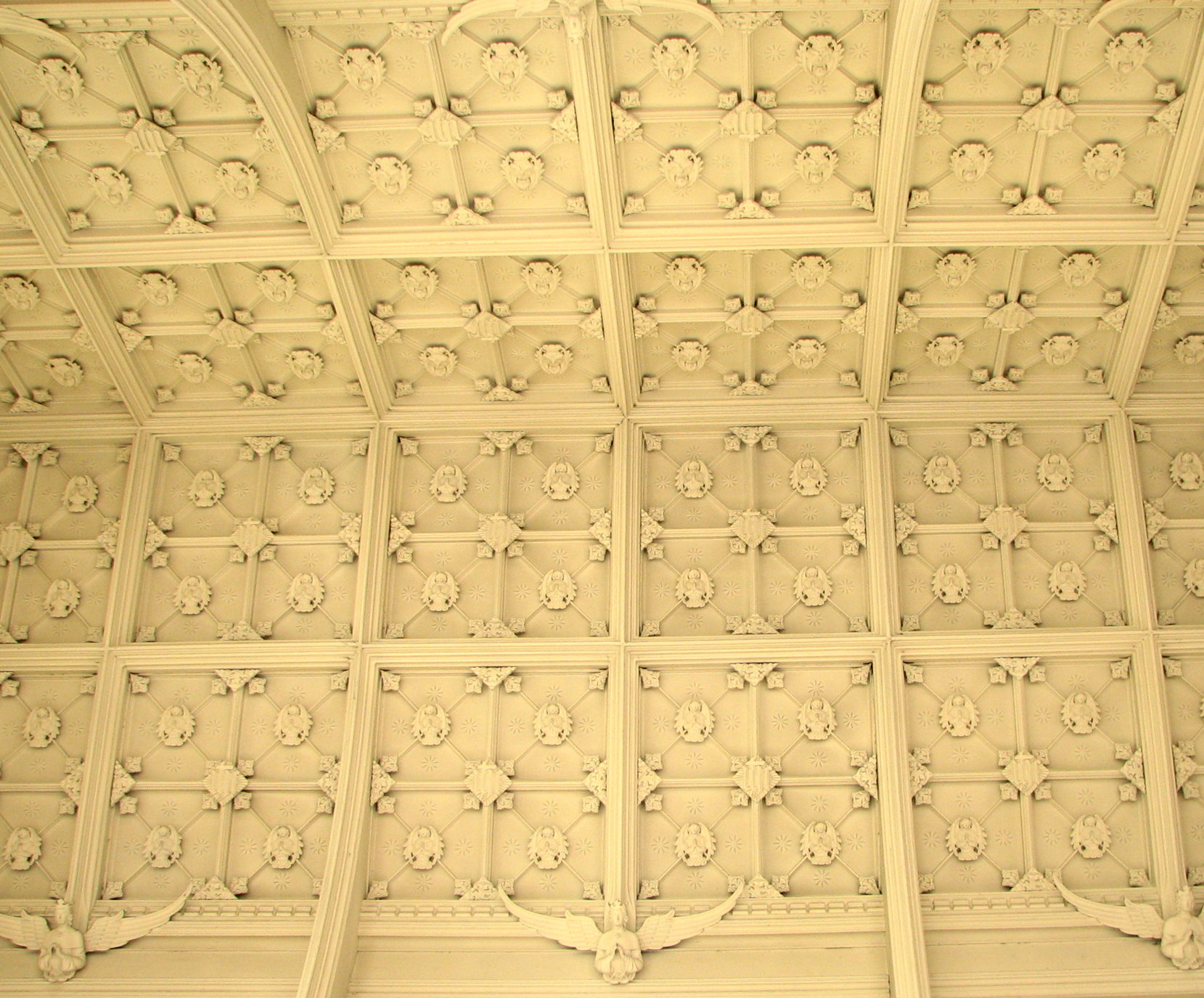 Naive Ceiling
