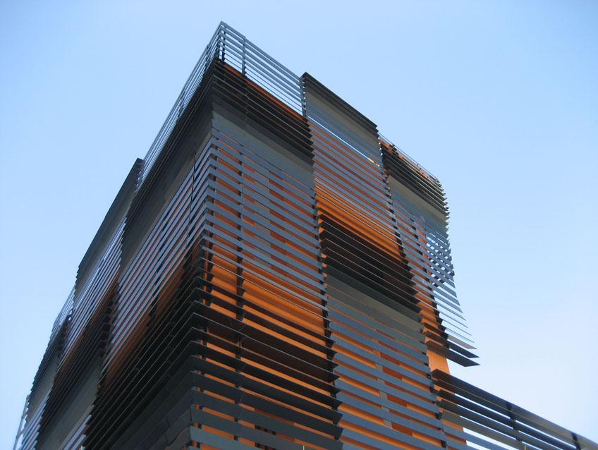 architecture:parking/restaurant
