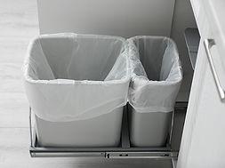 trash can.jpg