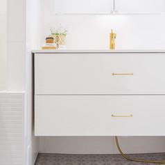 kylpyhuone valkoinen 2.jpg