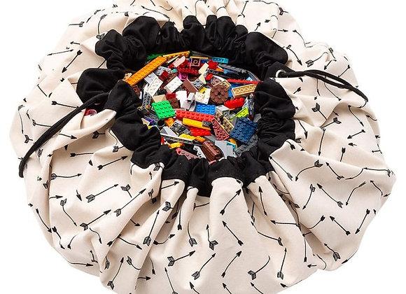 ♡ Spielzeugaufbewahrung und Teppich Pfeile von Play & Go