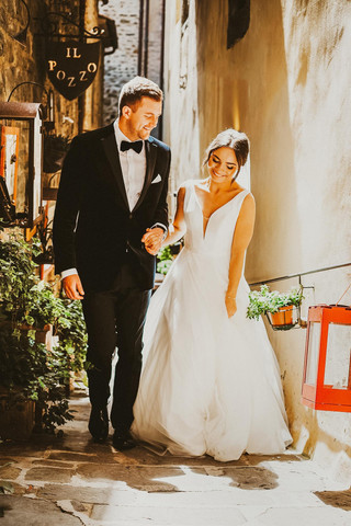 Tuscany wedding, South Wales wedding photographer