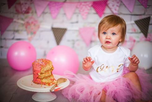 Swansea cake smash photography