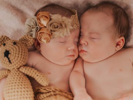 Twin Newborn Shoot 💕