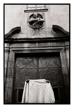 Mirant un vel opac-1977