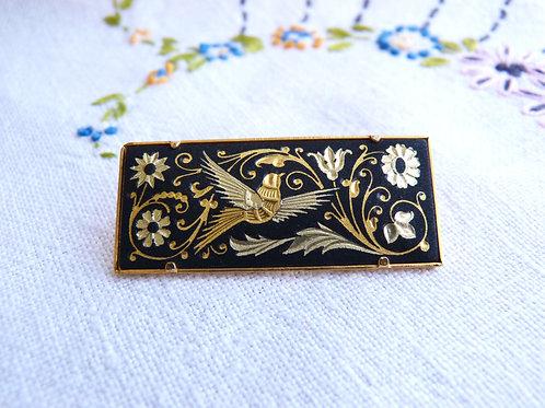 Broche rectangulaire en vrai damasquinage - fleurs et oiseau