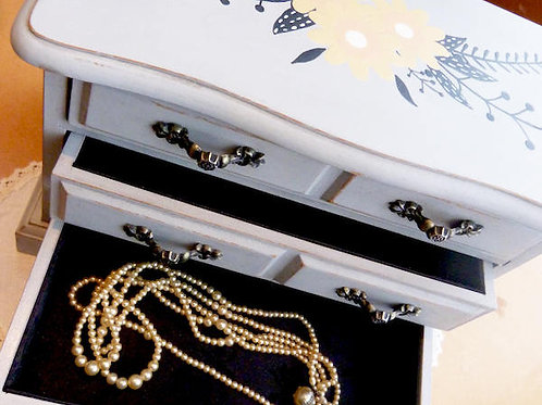 Boîte à bijoux revampée - gris, esprit boho