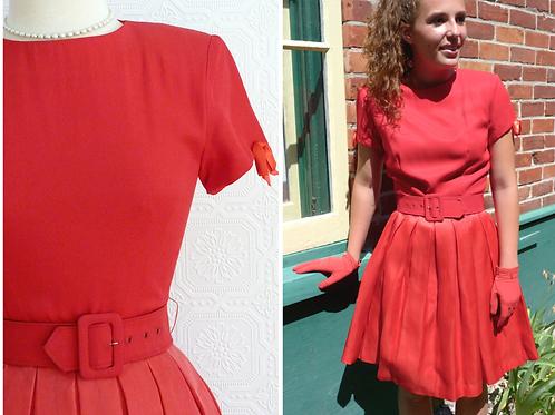 Short dress with pleated silk skirt - Henri Bendel