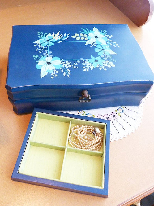 Revamped jewelry box - blue, boho spirit