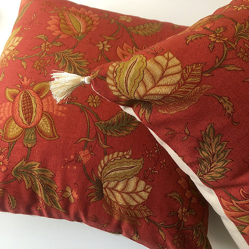 Linen square cushion cover & tassels