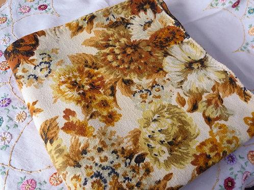 Coupon de tissu vintage - 2X3 m - Grosses fleurs rétro
