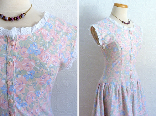 Long cotton dress with floral pattern, country style